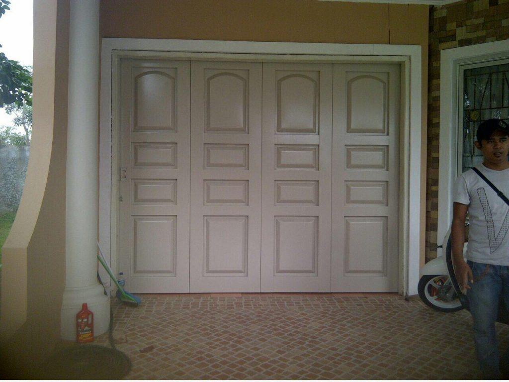 Apa Itu Pintu Garasi Plat dan Apa Saja Kelebihannya?